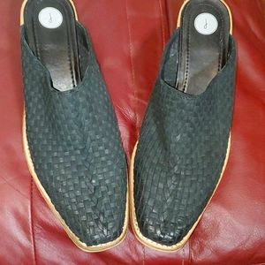 Ladies Black Leather Woven Mules